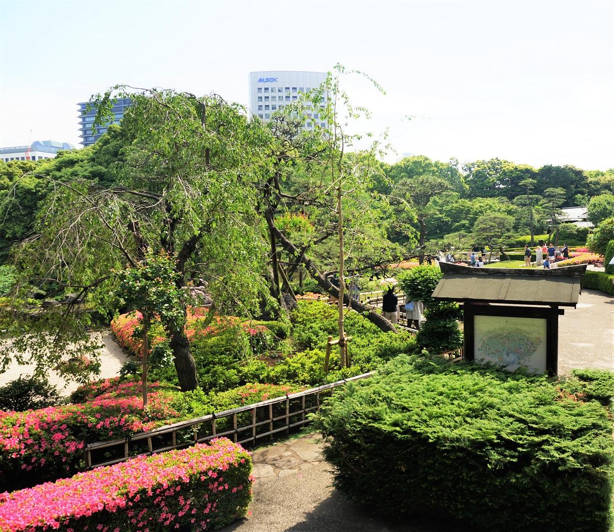 歴史情緒あふれる紀尾井町のニューオータニの日本庭園をお散歩