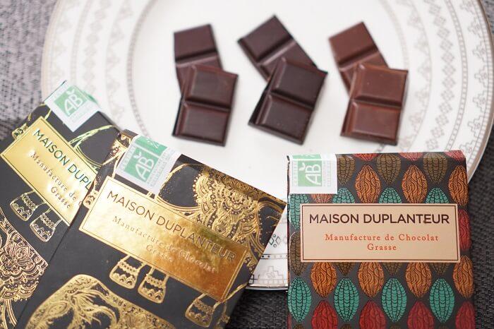 カカオを楽しむタブレットチョコレート。社会貢献もできるおすすめ店