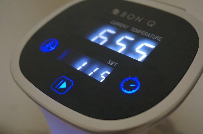 低温調理器ボニークがあれば温度も時間も管理できる。