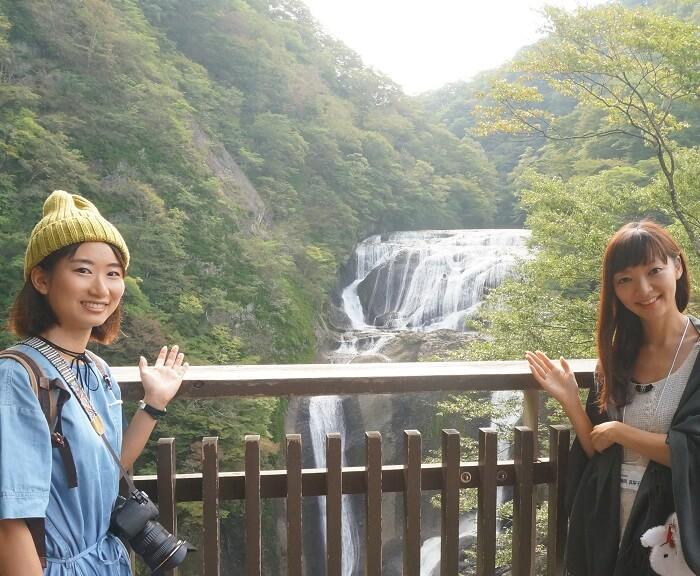絶景プロデューサー詩歩さんと旅行ライターの朝岡真梨。