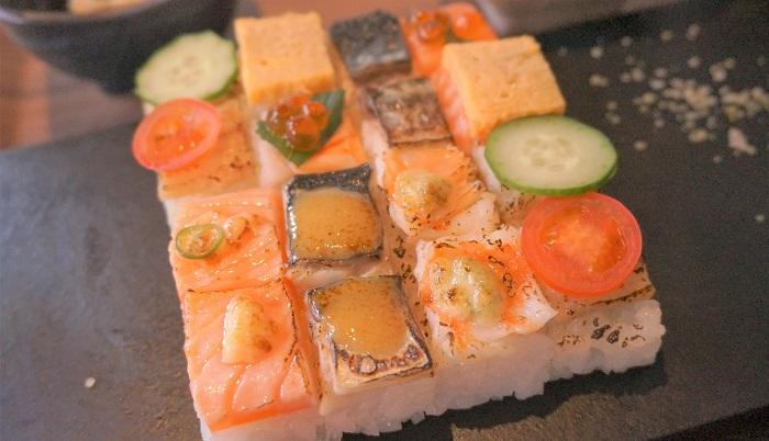 乃木坂のおしゃれランチ<KINKA>の炙りモザイク寿司がキレイ