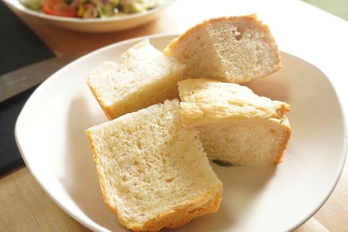 自家製の甘酒パン。