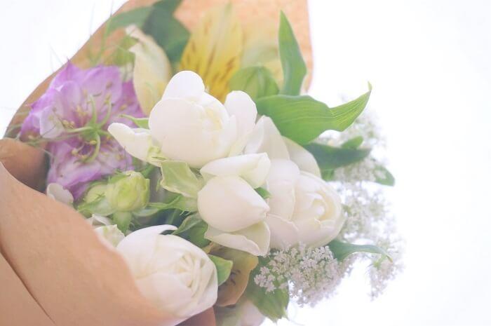 フレッシュなお花のミニブーケが自宅に届くブルーミーライフを実際に使ってみました。