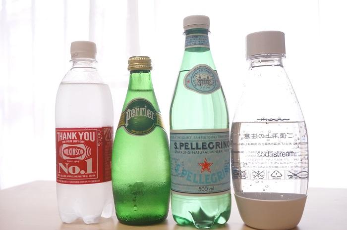 食べることが大好きなライターの朝岡真梨がソーダストリームと市販の炭酸水を実際に比較してみました。
