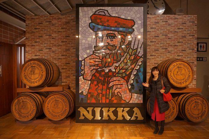 ニッカ仙台工場宮城峡蒸溜所見学♪NIKKAといえば、このW・P・ローリー卿のおじさん。記念撮影しました。