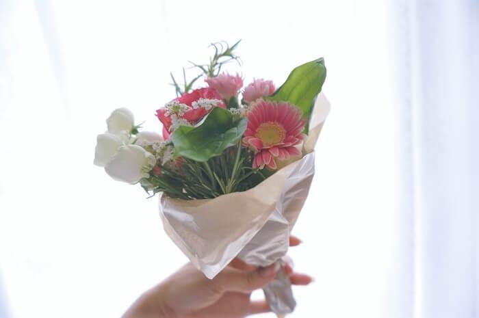 ポストに届くお花のサブスク。<BloomeeLIFE(ブルーミーライフ)>は、ステイホーム週間におすすめです。