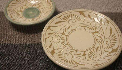 陶器婚式の記念に!沖縄で300年の歴史を誇る【壺屋焼窯元育陶園】のお皿