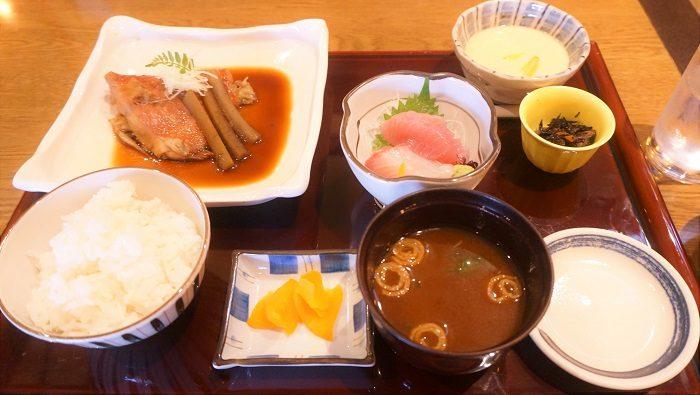 和食の定食ってやっぱり栄養バランスがとても優れています。