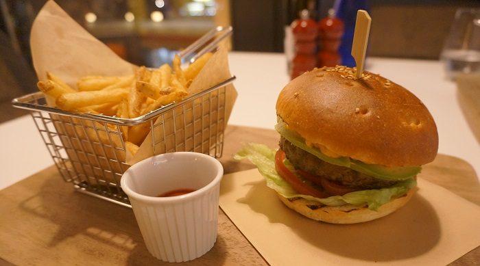 ハンバーガーが激うまでした。|ANAインターコンチネンタルホテル東京 3FL.ザ・ステーキハウス