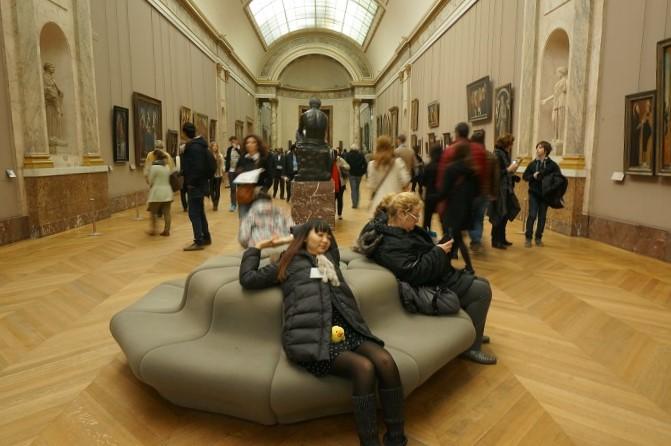 ルーブル美術館のなか。