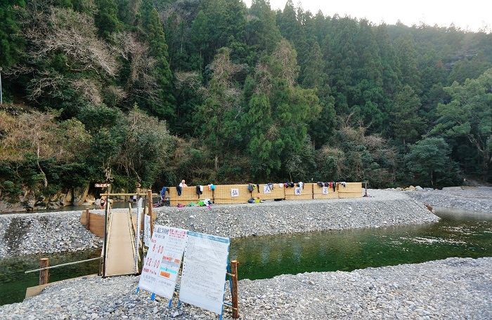 <和歌山>冬の風物詩!川湯温泉の仙人風呂が平成最後の開湯を迎えたよ