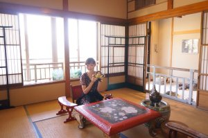 川端康成が『雪国』を執筆した宿<高半>のかすみの間を見学してきた