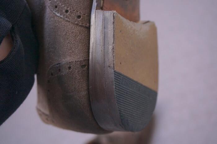 革靴のかかとも修理すれば何年も履ける!