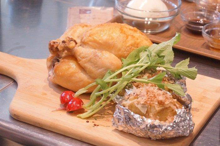 「丸鶏のオーブン焼き」「フリカッセ」たいめいけんの茂出木シェフの料理教室開催@にんべん本社
