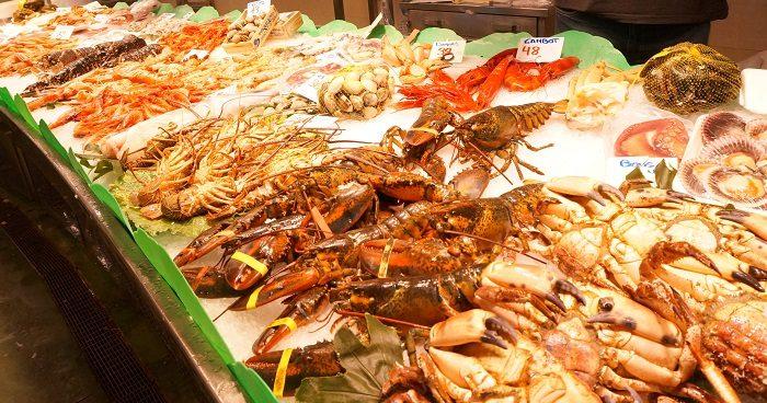 海老や蟹も激安。お料理がたのしいバルセロナ旅行にでかけてみよう|ボケリア市場食べ歩き!おすすめの時間帯は…?