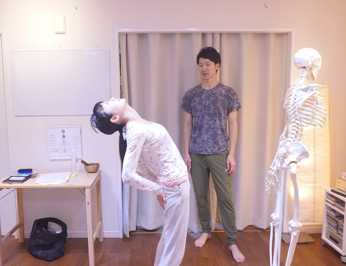 運動音痴な私も背骨がやわらかくなる体験を直接感じてきました。