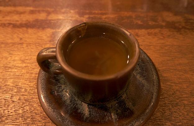 お店でのハートフルな様子を実体験でレポート。琥珀色のコーヒーを求めて♡ダンディーなマスターがいる熊本の喫茶アロー訪問記