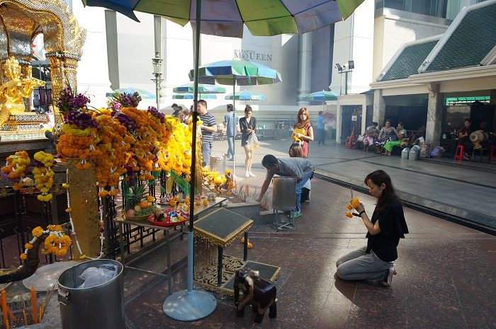 バンコクの街中には、恋が成就すると噂のパワースポットもあるんですよ。|バンコク旅行:女子旅におすすめな5つ星ホテル7選