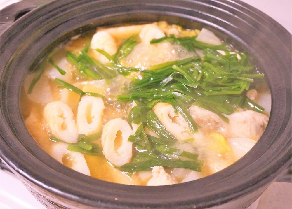にんべんの山形風芋煮汁の素をアレンジ♪鶏たっぷりキリタンポ鍋