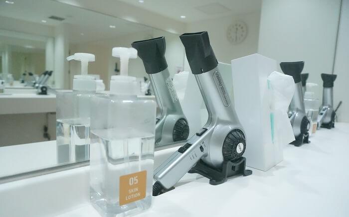 <CYCLE & STUDIO R Shibuya>はドライヤーもあって、シャワーあびてさっぱり帰れます!