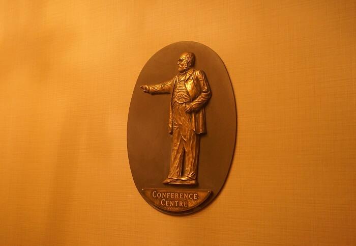 バンフスプリングスホテルの館内案内。