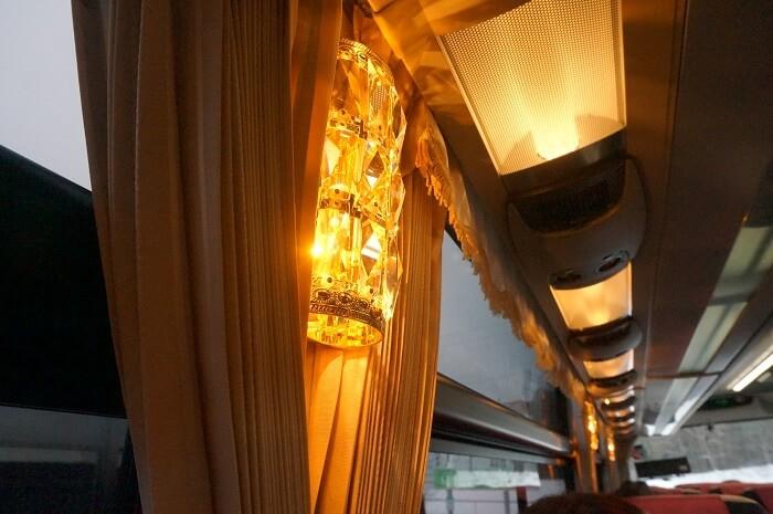 バスはトイレこそないものの、ドライバーさんも安全運転で快適でした。休憩時間もたのしいよ。