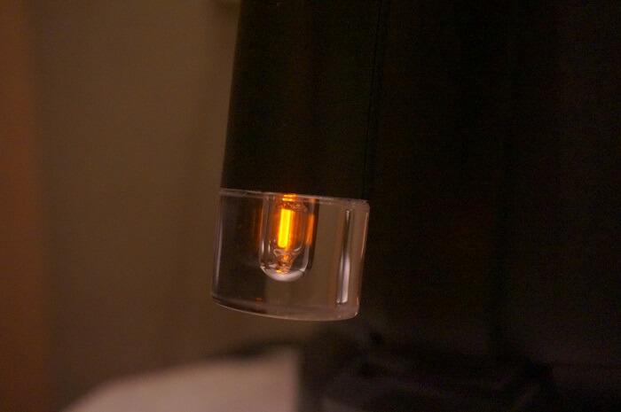 バルミューダの電気ポットはオシャレでかっこいい。