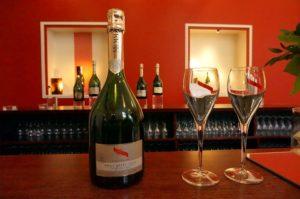 試飲もできる!フランスのシャンパーニュ地方を旅行するなら!ぜひ立ち寄りたいランスの<G.H. Mumm>のシャンパンカーヴ