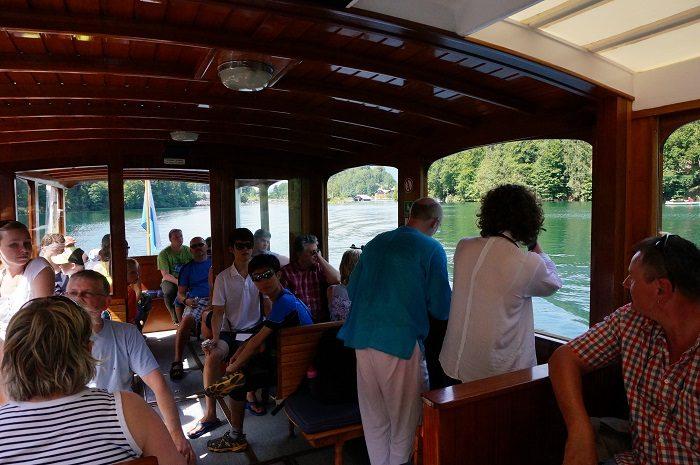 ケーニヒス湖の遊覧船チケットはオンラインでも購入できます。