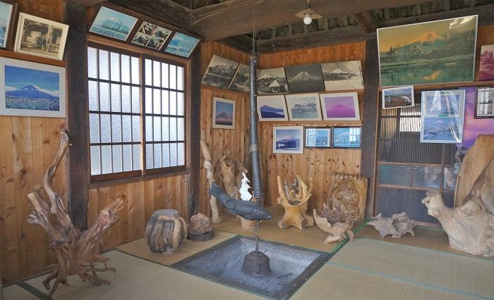 <榛の木林資料館>のなかにある隠居家のなか。忍野八海散策に!