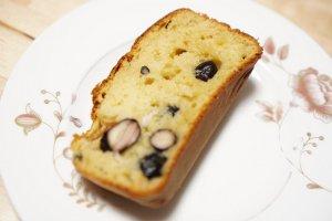成城石井のパンケーキミックスをアレンジして黒豆パンケーキを焼いてみました。