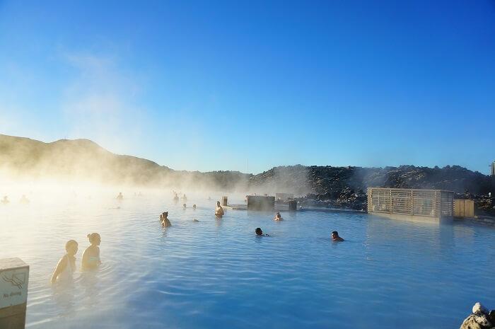アイスランドのブルーラグーン!ツアーの予約は必要?冬の絶景スポットへでかけてきました。