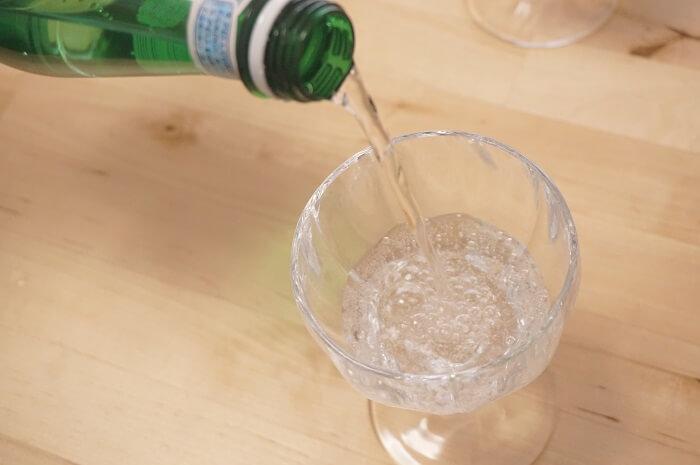 大好きなサンペレグリノとソーダストリームを飲み比べ。