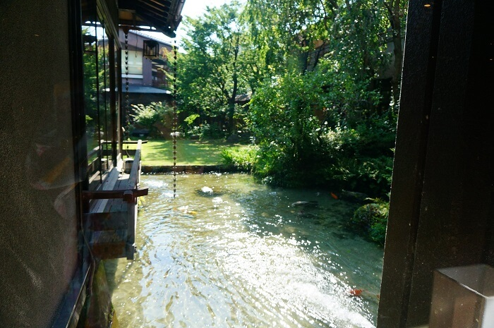 <石和温泉郷くつろぎの邸 くにたち>のお庭。
