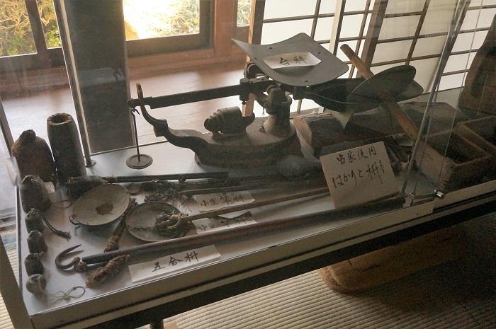 <榛の木林資料館>にある渡辺泉氏の家展示。忍野八海散策にきたら見逃せないスポットですよ。