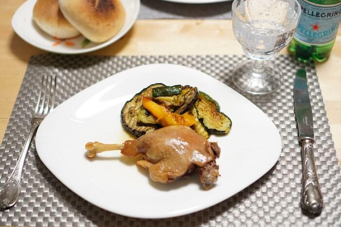 ピカールの人気冷凍食品鴨のコンフィと4種のグリル野菜。