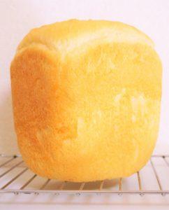 ホームベーカリーで毎朝焼きたてのパンを!