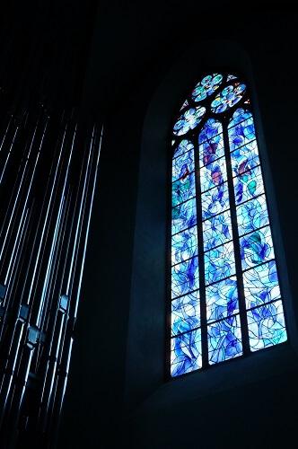 聖シュテファン教会の営業時間は季節によって変わるので、事前に調べておく方がイイかも。