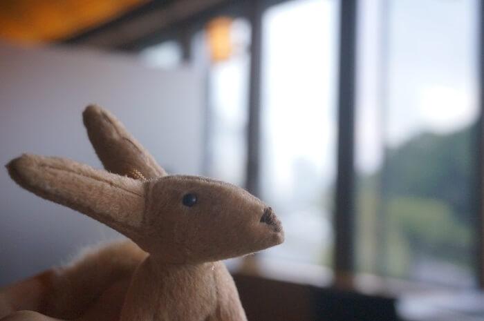 狐のぬいぐるみ@とらや赤坂店。