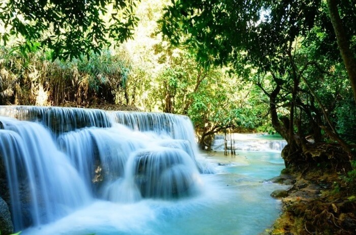 マイナスイオンたっぷり。癒しのルアンパバーン観光@クアンシーの滝。行き方やトゥクトゥクの料金などをご紹介。