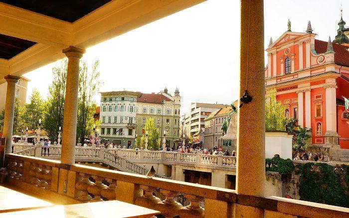 美しい街並みに出会える。女性目線で遊びに出かけたくなる治安の良い海外旅行。|リュブリャナ城も徒歩圏内!観光に便利なおすすめホテル