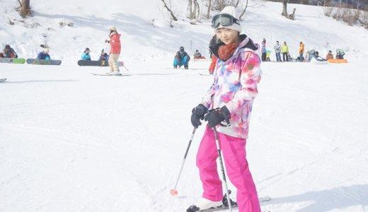 最近のスキー&スノボのレンタルウェアってカワイイんですねぇ…