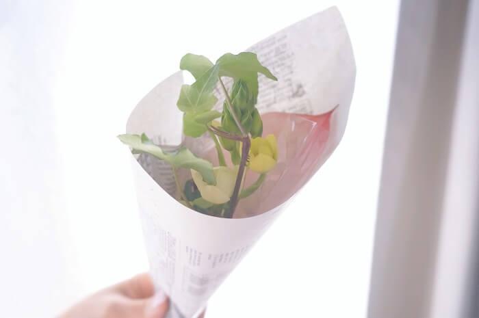 素敵なミニブーケが届くたびに嬉しくなる。生活のリズムを作ってくれるお花のサブスクを実際に使った感想・口コミを本音でレビューします。