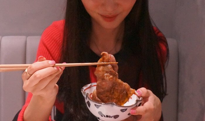 肉好き女子も大満足な米沢牛のすき焼き。