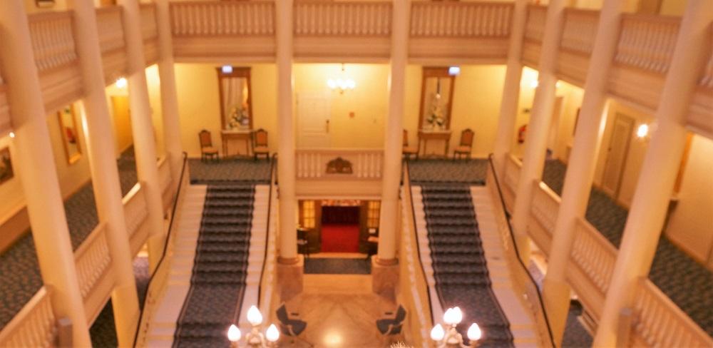 お城みたい!ドイツのバーデンバーデンにあるラディソンブルホテル