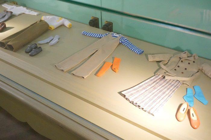 着回し上手でおしゃれなカオルさんの服|『リラックマとカオルさん』の展覧会