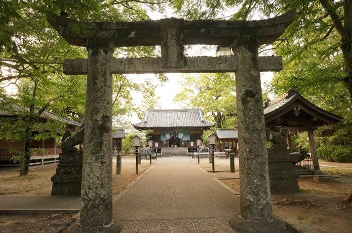 豊玉姫神社 (とよたまひめじんじゃ)の外観。